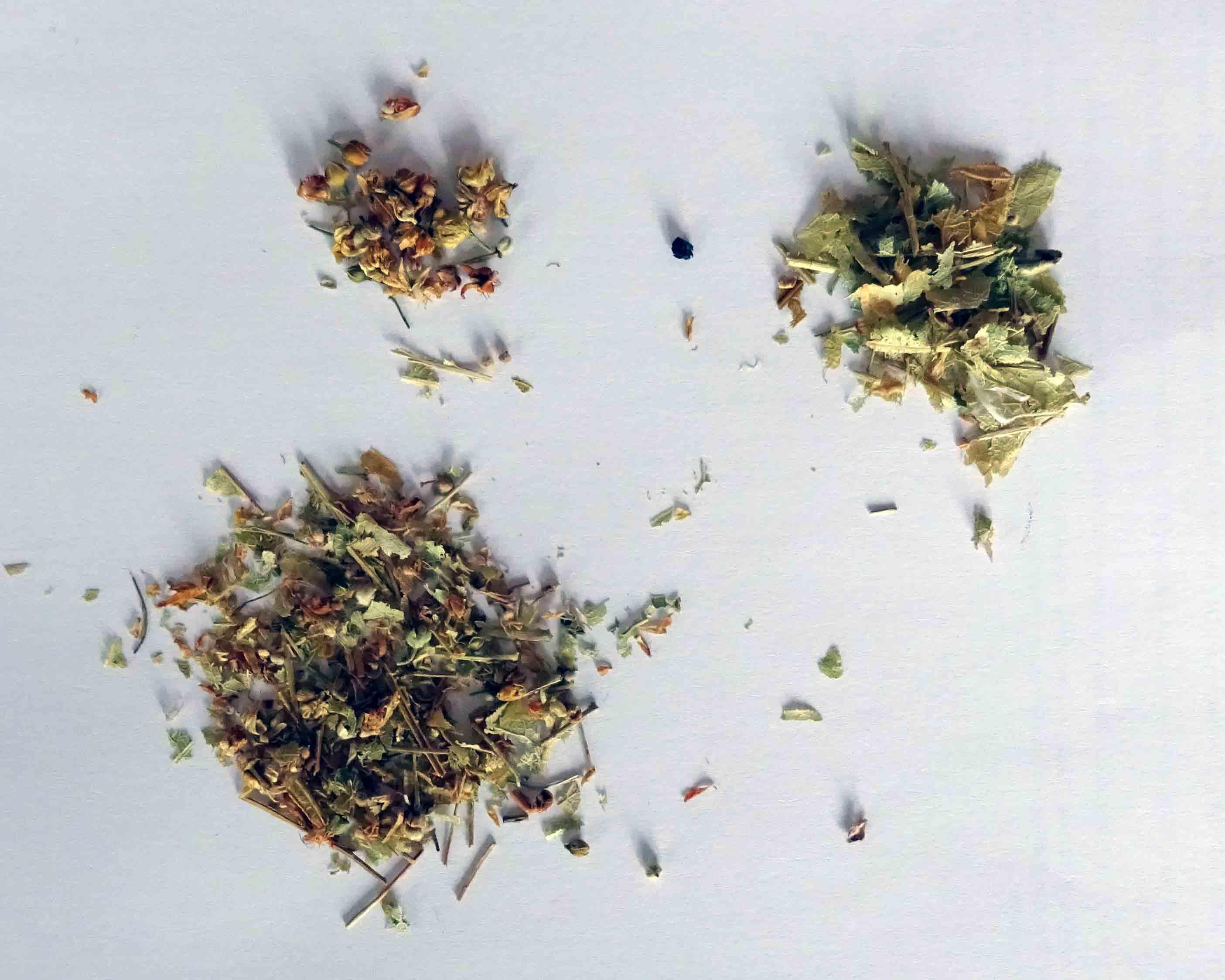 Bestandteile des Lindenblütentees der Firma Bomabstus aus Freital.