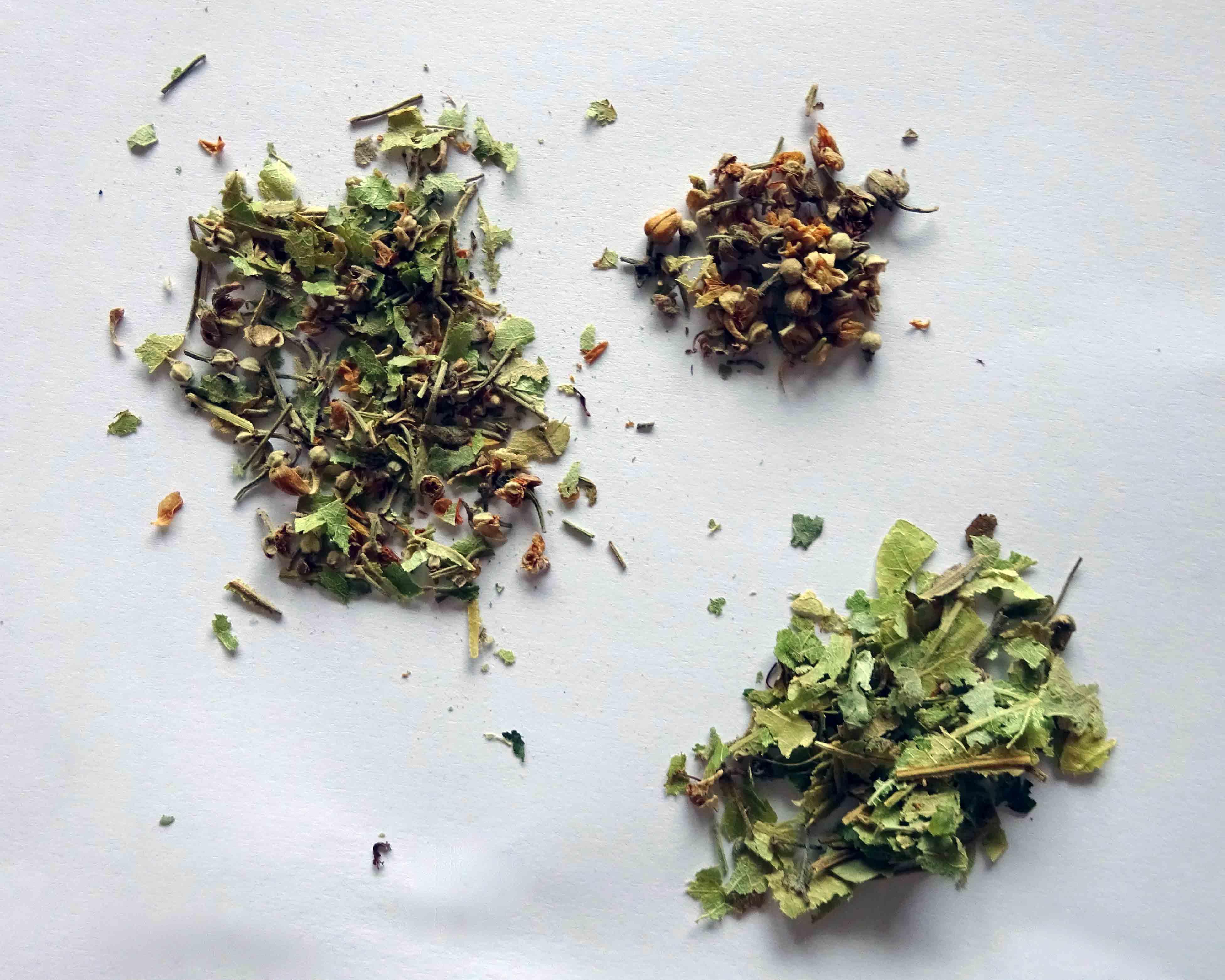 Aus Blüten- und Blattbestandteilen setzt sich der Lindenblütentee von Gschwendner zusammen.