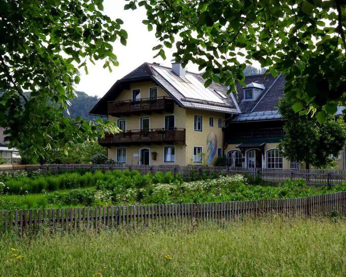 Das Hildegardzentrum des Klosters beherbert das Ambulatorium und einen Gästetrakt.