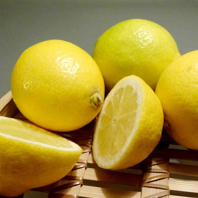 Gerne werden die Zitronen mit Italien als Herkunftsland in Verbindung gebracht. Tatsächlich scheinen sie aus Indien zu stammen.