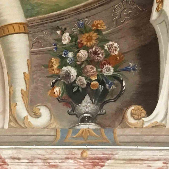 Ein Blumenfresko im Sommerrefektorium des Stifts Göttweig.