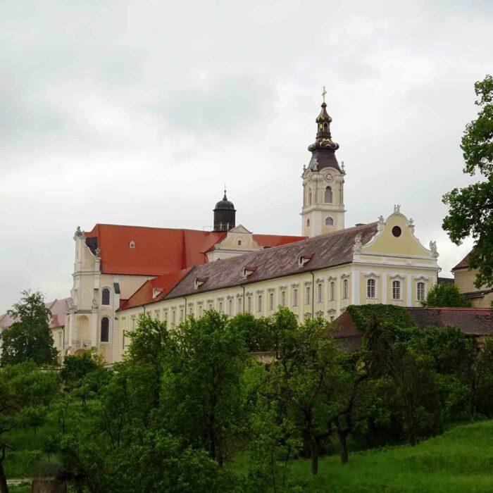 Höhepunkt des Barocks im Waldviertel das Stift Altenburg.