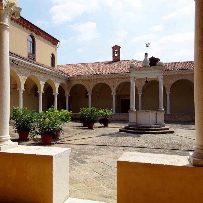 Was ist der schönste Platz in der Abbazia di Praglia?