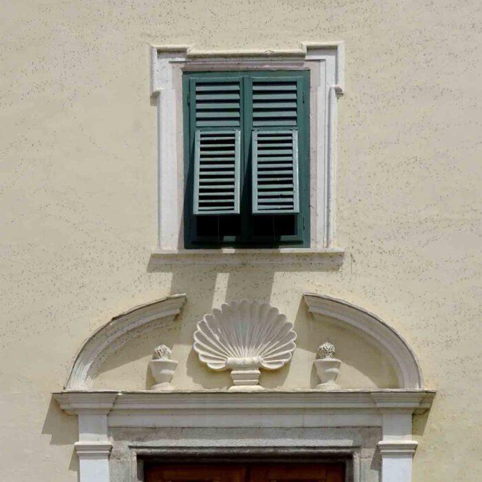 Auch oben im Norden Italiens ist Sonnenschutz vor der Hitze angeraten.
