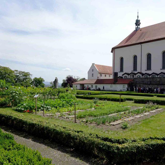 Die barocke Anlage des Klostergartens Frauenberg zu Fulda ist zugleich ein Nutzgarten.