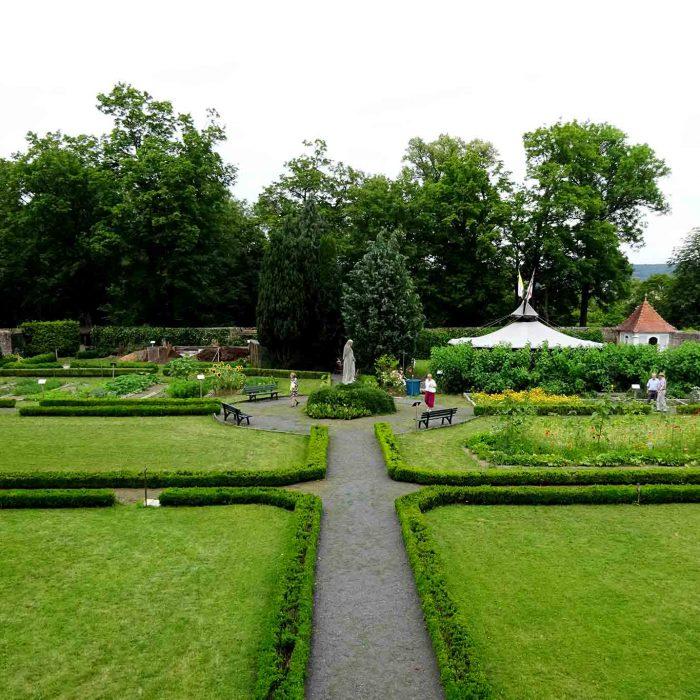 An den geometrischen Formen ist die barocke Anlage des Klostergartens Frauenberg deutlich zu erkennen.
